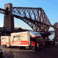Landyvanatforthbridge.png